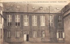 Bayeux Cours Complementaire De Jeunes Filles Rue De La Poterie Classes - Bayeux