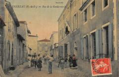 Ennezat Rue De La Gendarmerie (cpa toilée superbe - Ennezat