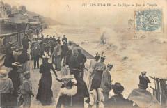 Villers Sur Mer La Digue Un Jour De Tempete - Villers-sur-Mer