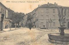 Uzes Boulevard De L'Esplanade Fontaines Des Canards - Uzès