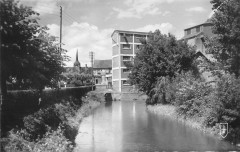 Clemont Les Bords De La Sauldre Et Le Moulin - Clémont