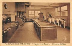 Evreux Sanatorium Emile Roux Domaine De La Musse Une Cuisine Electrique - Évreux