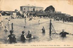 Roscoff La Plage De Roc'H Kroum A L'Heure Des Bains - Roscoff