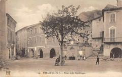 Utelle Place De La Republique - Utelle