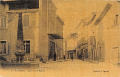 Cucuron Place De La Mairie (cpa toilée Cpa Pas Courante - Cucuron