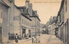 Souvigny Rue De La Place - Souvigny