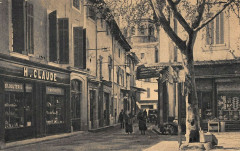 Cavaillon Place Et Rue Du Commerce Bijouterie - Cavaillon