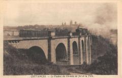 Coutances Le Viaduc Du Chemin De Fer Et La Ville Train - Coutances