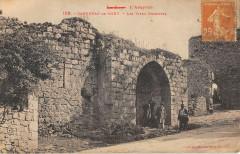 Capdenac Le Haut Les Vieux Remparts - Capdenac