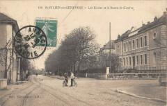 Saint Julien En Genevois Les Ecoles Et La Route De Geneve - Saint-Julien-en-Genevois