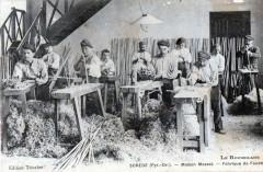 Sorede Maison Massat Fabrique De Fouets (Rare Cpa Des Pyrenees Orientales - Sorède