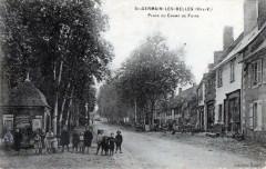 Saint Germain Les Belles Place Du Champ De Foire (cpa animée) - Saint-Germain-les-Belles