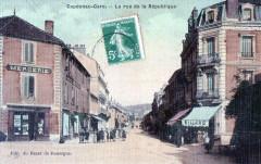 Capdenac Gare La Rue De La Republique (cpa toilée)  Animee - Capdenac-Gare