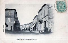 Tombeboeuf La Grande Rue - Tombeboeuf
