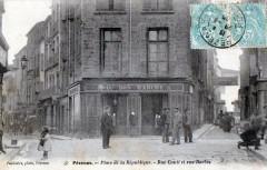 Pezenas Place De La Republique Rue Conti Et Rue Barbes (Cpa Animee - Pézenas