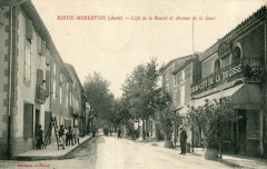 Rieux Minervois Cafe De La Bourse Et Avenue De La Gare (cpa animée - Rieux-Minervois