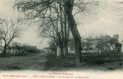 Bruguieres Le Chateau Et La Promenade - Bruguières
