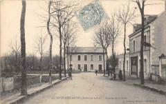 La Haye Descartes Avenue De La Gare - Descartes