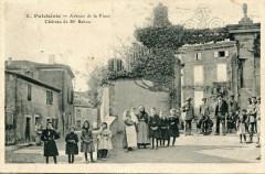 Puicheric Avenue De La Place (cpa animée) - Puichéric