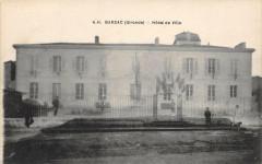 Barsac Hotel De Ville (cliché pas courant avec drapeaux - Barsac