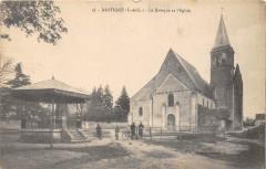Restigne Le Kiosque Et L'Eglise - Restigné
