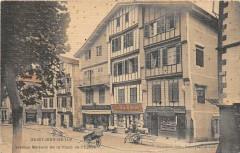 Saint Jean De Luz Vieilles Maisons De La Place De L'Eglise (rare cpa toil - Saint-Jean-de-Luz