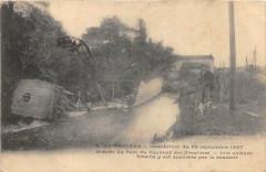 Pezenas Inondation 1907 Breche Au Parc Du Couvent Une Voiture Foraine Y E - Pézenas