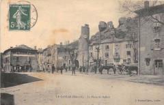 Le Caylar La Place Du Beffroi - Le Caylar
