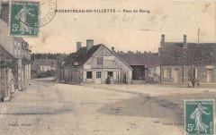 Menestreau En Villette Place Du Bourg (cliché pas courant - Menestreau
