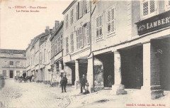 Stenay Place D'Armes Les Petites Arcades - Stenay