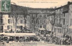 Vue De Saint Gervais Sur Mare Aspect Du Quai Un Jour De Foire - Saint-Gervais-sur-Mare