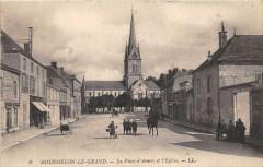 Mourmelon Le Grand La Place D'Armes Et Eglise - Mourmelon-le-Grand