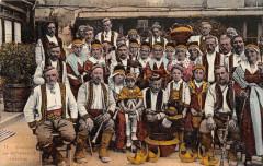 Costumes De Bethmale (frais de port offerts - Bethmale