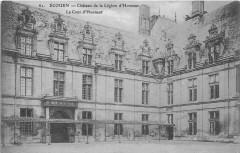 Ecouen Chateau De La Legion D'Honneur Cour D'Honneur - Écouen