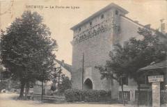 Cremieu La Porte De Lyon - Crémieu