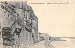 Pont Saint Esprit Escaliers Cathedrale - Pont-Saint-Esprit