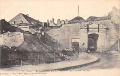 Porte de Balan par où sont entrés les Allemands en 1870 - Sedan