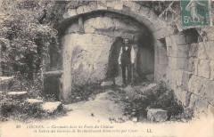 Loches Casemates Dans Les Fosses Du Chateau - Loches