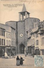 Parthenay Porte De L'Horloge Cote De La Ville - Parthenay