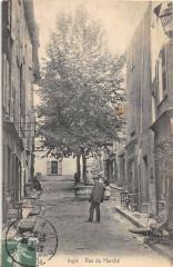 Aups Rue Du Marche (cpa pas courante - Aups