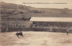 Plazza De Toros De Saint Marcellin La Pose De Banderilles - Saint-Marcellin