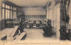 Argenton Sur Creuse Ecole Professionnelle Atelier De Menuiserie Etablis - Argenton-sur-Creuse