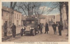 Saint Martin De La Brasque La Place Arrivee Du Courrier (Autobus - Saint-Martin-de-la-Brasque