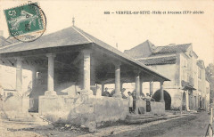 Verfeil Sur Seye Halle Et Arceaux - Verfeil