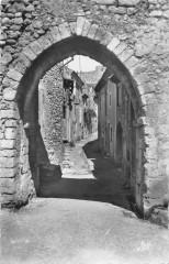 Donzere Rue De L'Argenterie - Donzère