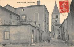 Artonne Place De La Mairie - Artonne