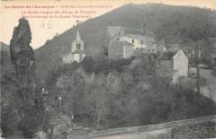 Saint Nectaire La Roche Longue Du Village De Veyriere - Saint-Nectaire