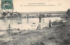 Pont Sur L'Allier Entre Les Martres De Veyre Et Mirefleurs - Mirefleurs