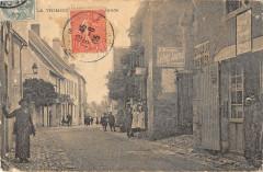 La Trimouille Rue Grande - La Trimouille