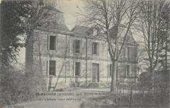 Blasimon Le Chateau Cour Interieure - Blasimon